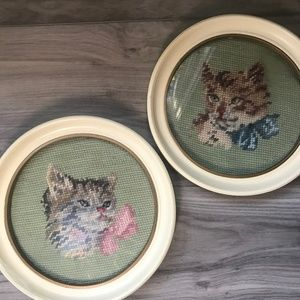 Vintage Embroidered Cat Circle Picture Frames